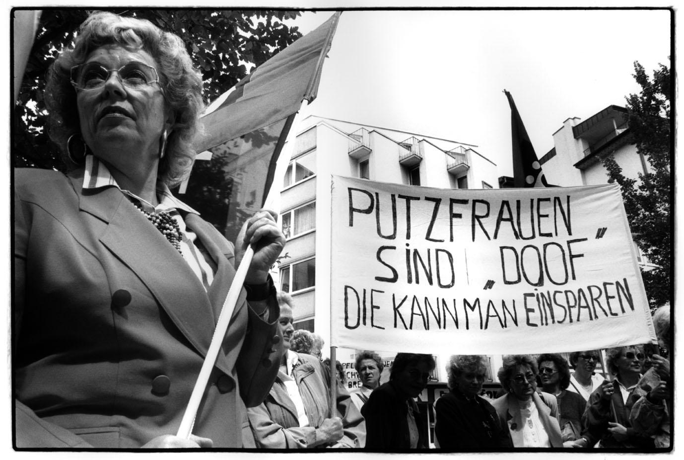 demonstrieren